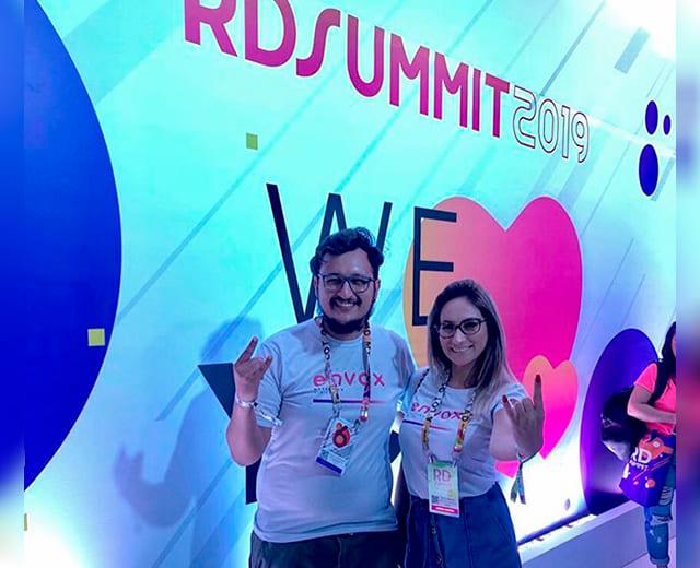 Marcando presença na RD Summit da RDStation Resultados Digitais - ENVOX Marketing Digital - Agência de Marketing Digital focada em Inbound Marketing em Curitiba -Talita Bridum